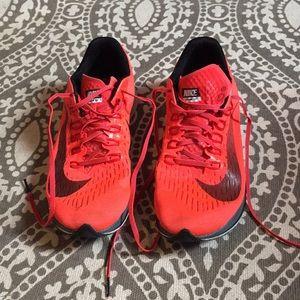 Nike Racing Zoom Fly